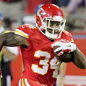 Kansas City Chiefs running back Knile Davis bursts for 48 yards
