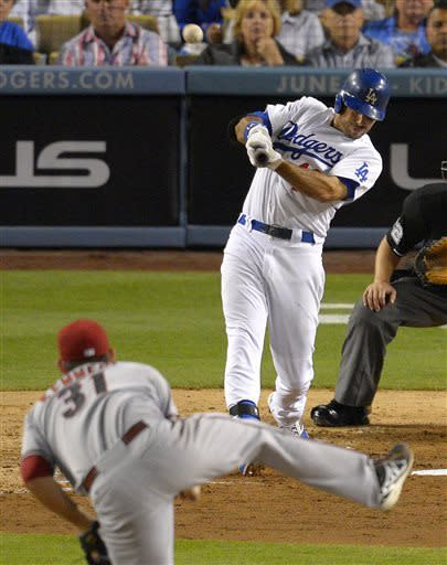 Dodgers beat D-backs 5-3 in brawl-filled game