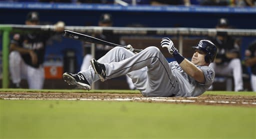 Grandal, Alonso lead Padres over Marlins