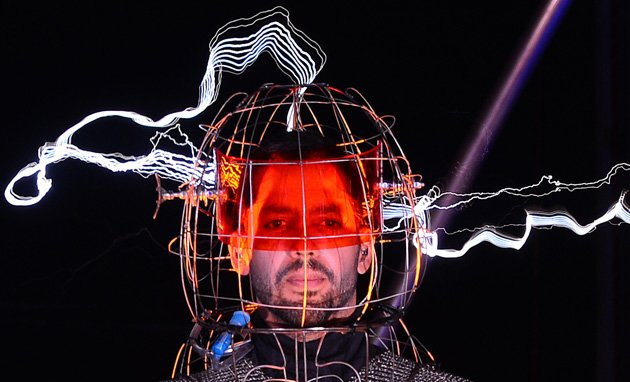 David Blaine 'electrified' by one million volts