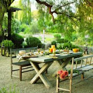Tuscan dining: The courtyard