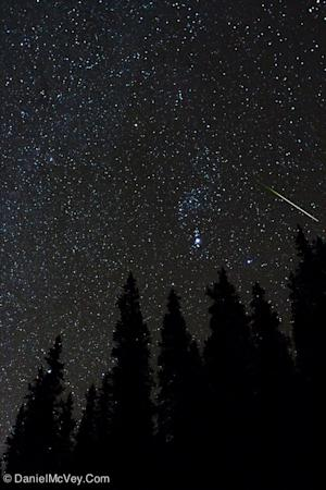 Orionid Meteor Shower Peaking Now: See Shards of Halley's Comet Online