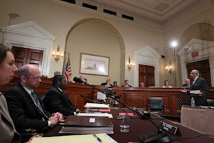 Charlie Rangel addresses the House Ethics Committee