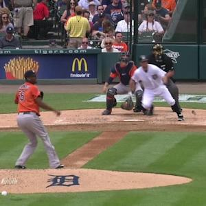 Holaday's bases-clearing double