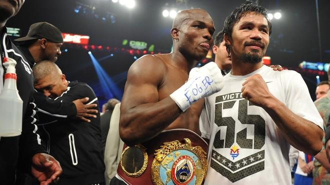 Timothy Bradley (L) Of US Celebrates AFP/Getty Images