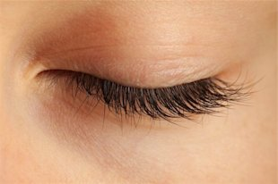 Eyelash enhancers: Six ways to lengthen your lashes