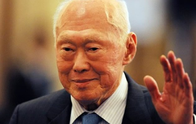 Former Prime Minister Lee Kuan Yew urges Singaporeans to improve their English.