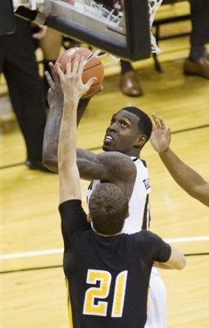 No. 10 Missouri whips Kennesaw State 104-67
