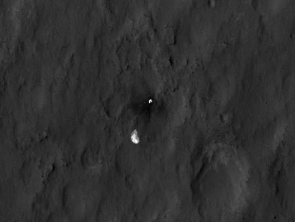 Mars Rover Seen from Space in NASA 'Crime Scene Photo'