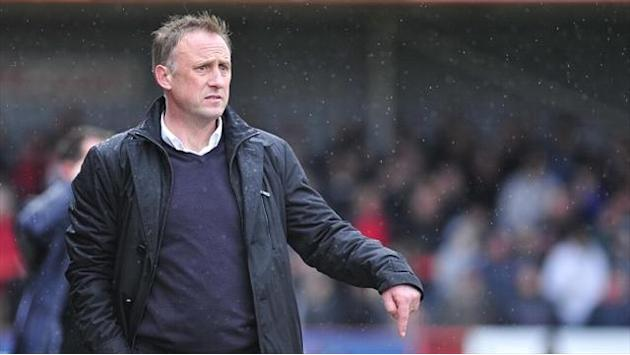 League Two - Cheltenham boss wants fans to get Robins rockin'