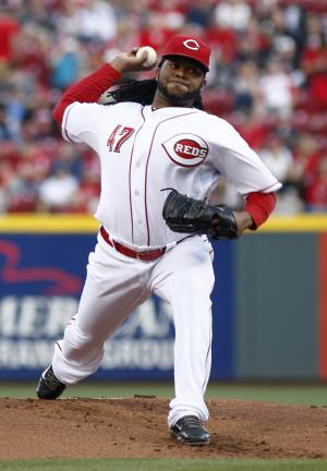 Cueto leads Reds over Brewers 6-2