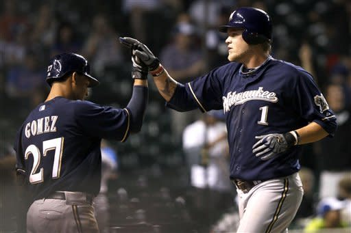 Brewers hits 5 HRS in 15-4 win over Cubs