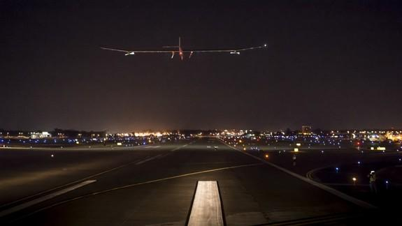 Solar Plane Makes Stop in Cincinnati Tonight