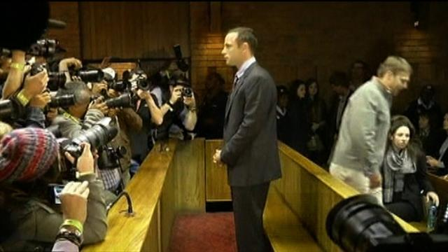 Oscar Pistorius back in public eye, in court