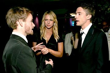 Christopher Masterson, Laura Prepon, and Topher Grace InStyle/Warner Bros. Golden Globes Party The Palm Court at the Beverly Hilton - Beverly Hills, CA - 1/16/05