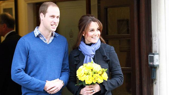 William & Kate Show Royal Baby to the World