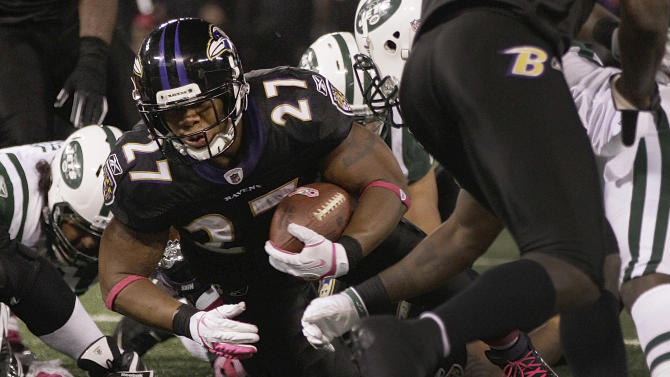 Baltimore Ravens running back Ray Rice carries the ball across the goal line for a touchdown during the first half of an NFL football game against the New York Jets in Baltimore, Sunday, Oct. 2, 2011. (AP Photo/Patrick Semansky)