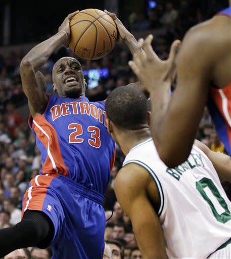 Stuckey, Monroe lift Pistons past Celtics 98-88