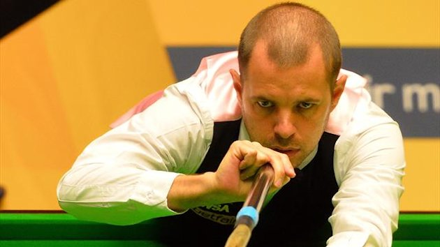 Barry Hawkins in action at the 2013 World Snooker Championships (AFP)