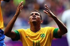 Brazil 3-0 New Zealand: Danilo, Damiao and Sandro seal Group C top spot