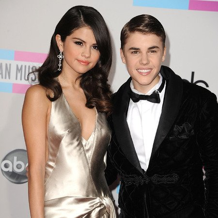 WATCH: Selena Gomez disses Justin Bieber in new YouTube video?