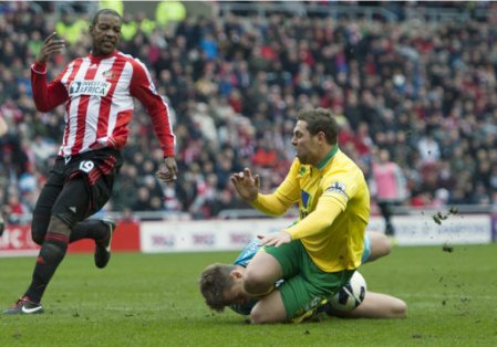 Soccer - Barclays Premier League - Sunderland v Norwich City - Stadium of Light
