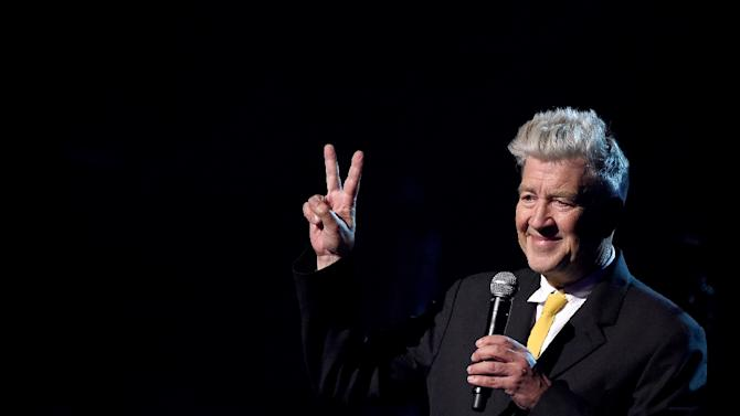 david lynch as a cult auter Hollywood auteur david lynch has also developed a cinematographic approach  that is all his own with the 2017 revival of the cult tv series.