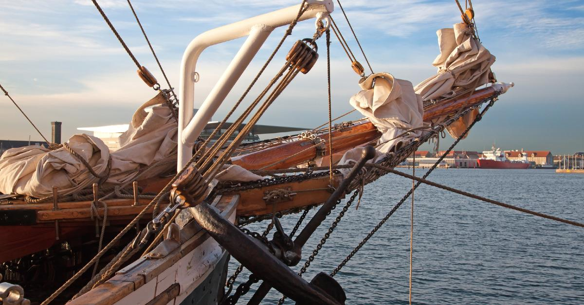 Windjammer: The Other Side of Cruise Vacations