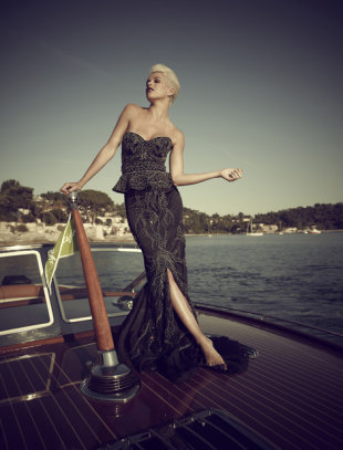Debbie Wingham&amp;#39;s $5.7 million black diamond dress. (Photo: Jeff Romero/Wenn)