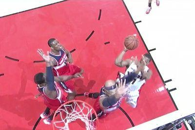 John Wall completely erases last second layup with huge block