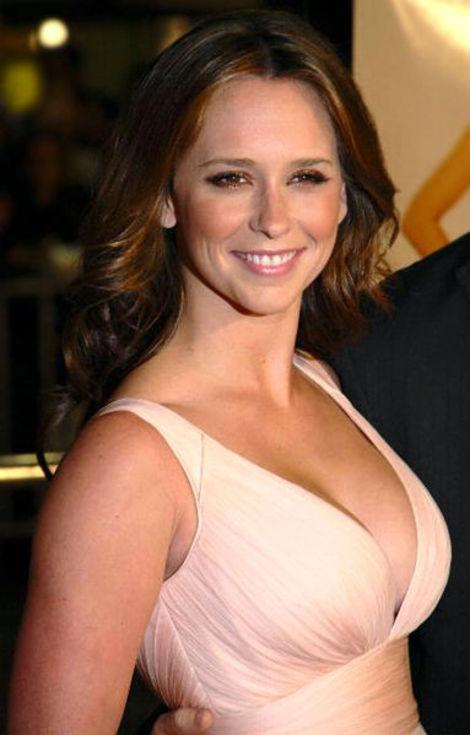 Jennifer Love Hewitt is hitting newsstands on the cover of Maxim.