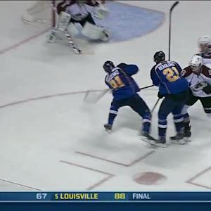 Vladimir Tarasenko puts one under the bar