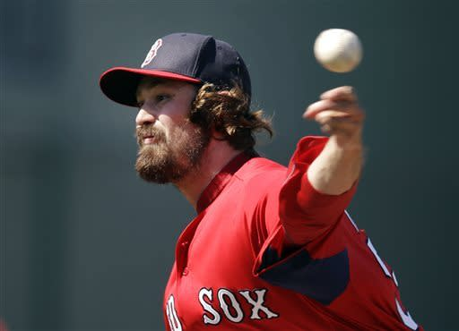 Doubront pitches 5 scoreless for Red Sox