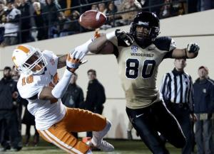 Vanderbilt tops Tennessee 41-18, wins 5th straight