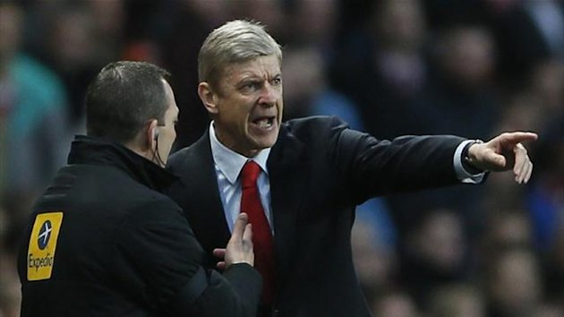 Arsenal's manager Arsene Wenger gestures during the Premier League match against Everton at Emirates Stadium (Reuters)