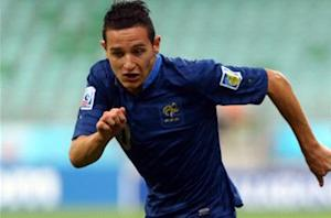 Marseille clinches Thauvin deal