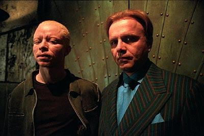 Victor Varnado and Joe Pantoliano in The Adventures of Pluto Nash