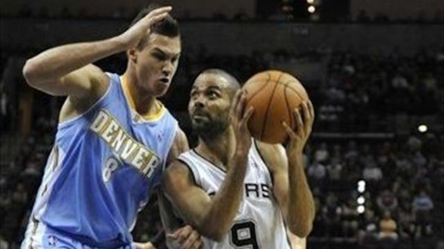 2012-13 NBA, Denver Nuggets-San Antonio Spurs, Danilo Gallinari, Tony Parker