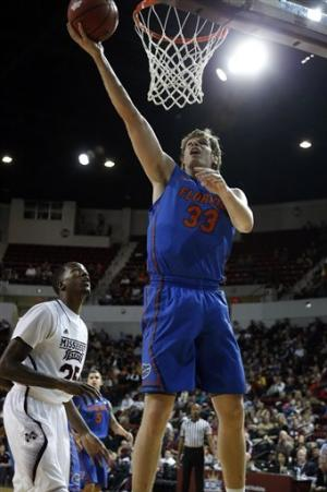 No. 8 Florida beats Mississippi State 82-47