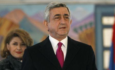 Armenia to vote on curbing president, boosting PM on December 6