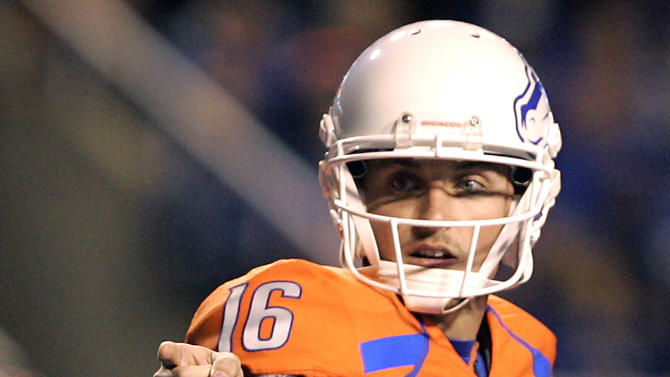 Boise State's Joe Southwick (16) calls out a play against San Diego State during the first half of an NCAA college football game, Saturday, Nov. 3, 2012, in Boise, Idaho. (AP Photo/Matt Cilley)