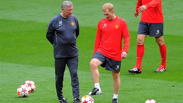 Sir Alex Ferguson and Paul Scholes (AFP)