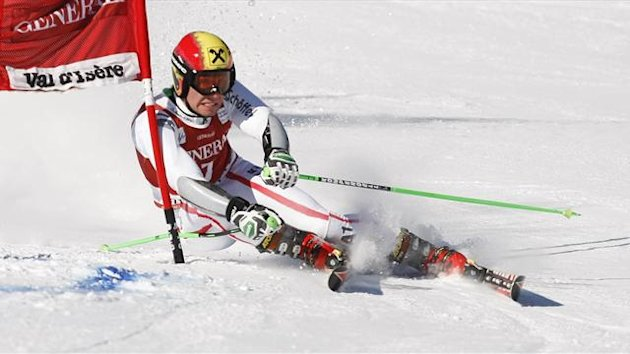 Hirscher of Austria skis during the first leg in the Men&#39;s World Cup Slalom skiing race in Val d&#39;Isere