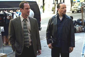 Christopher Meloni as Detective Stabler and Ice-T as Detective Tutuola
