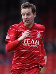 Ex-Aberdeen striker Steven MacLean has a contract with St Johnstone until the end of January
