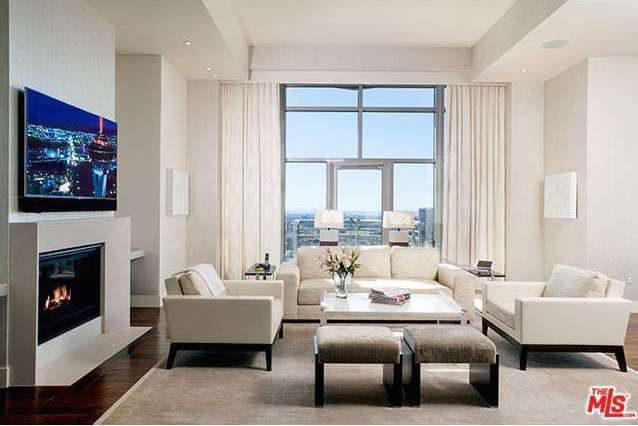 Junior Penthouse in Westwood's Swanky Carlyle Residences Asking $6 Million