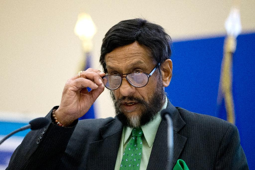 India's Pachauri asks court for permission to travel