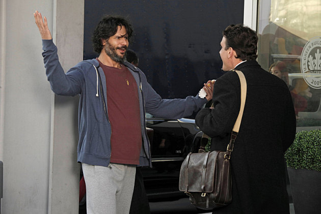 Exclusive How I Met Your Mother Video: Joe Manganiello Fails to Impress Marshall's Boss