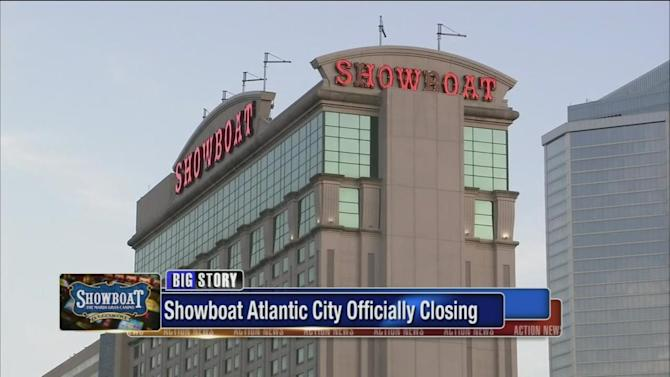 Caesars says it will close Showboat on Aug. 31.