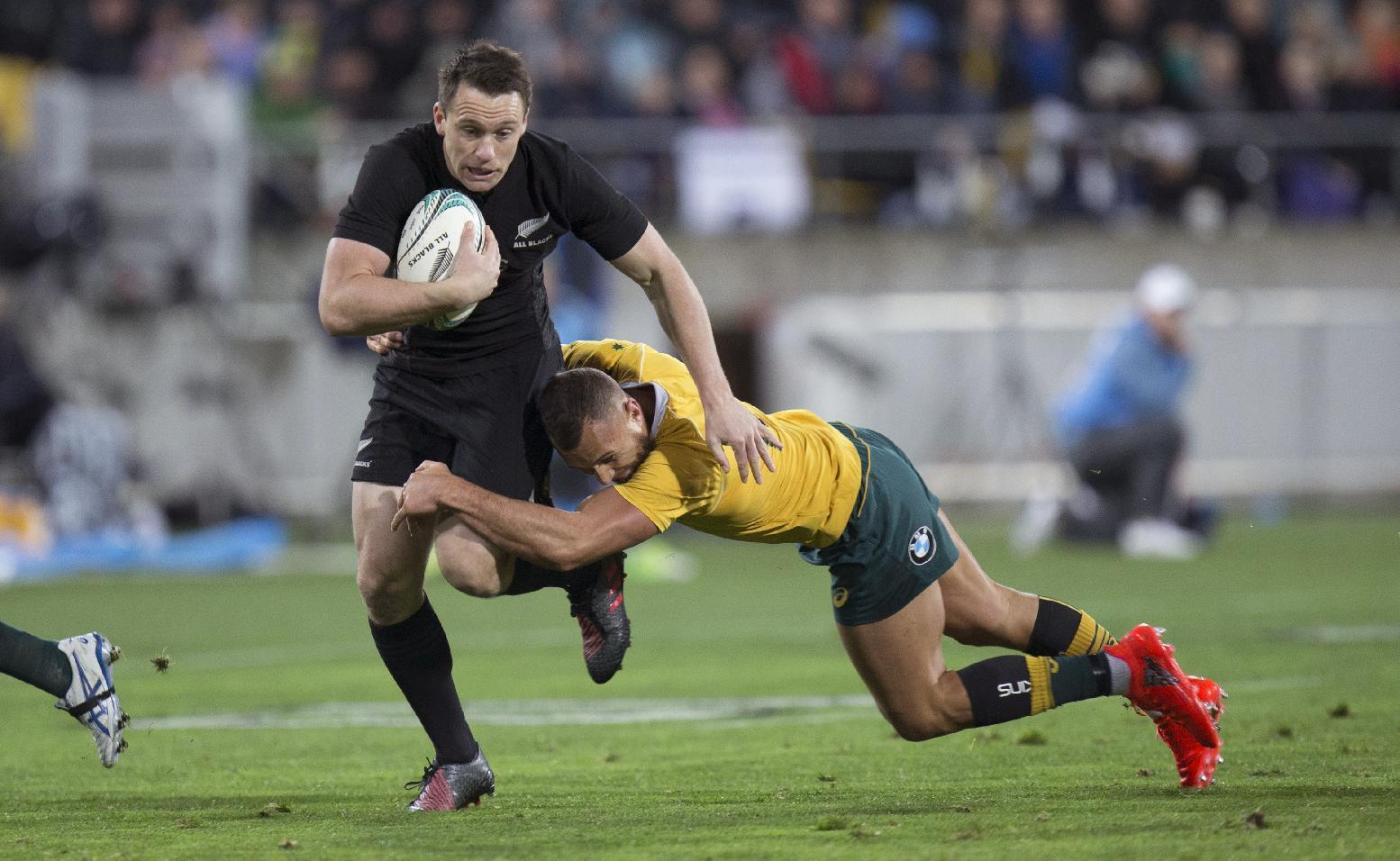 Wallabies coach bags ref after loss to New Zealand